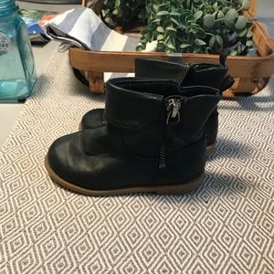 Toddler boots from old navy, gently used.